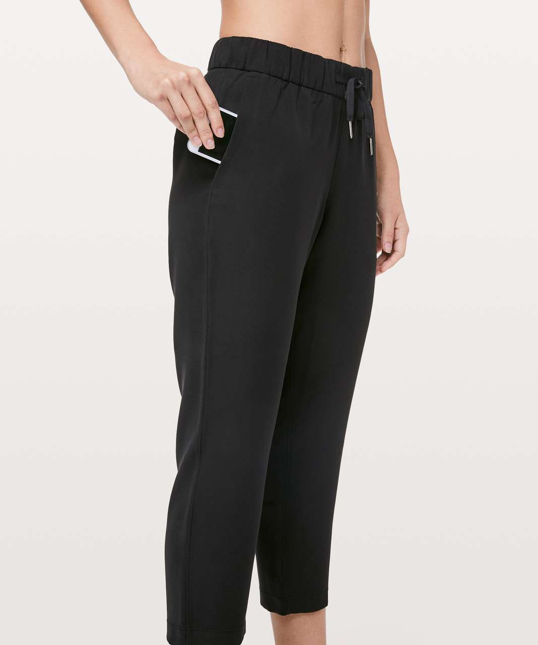 "Lululemon On The Fly Crop *Woven 23"" - Black"