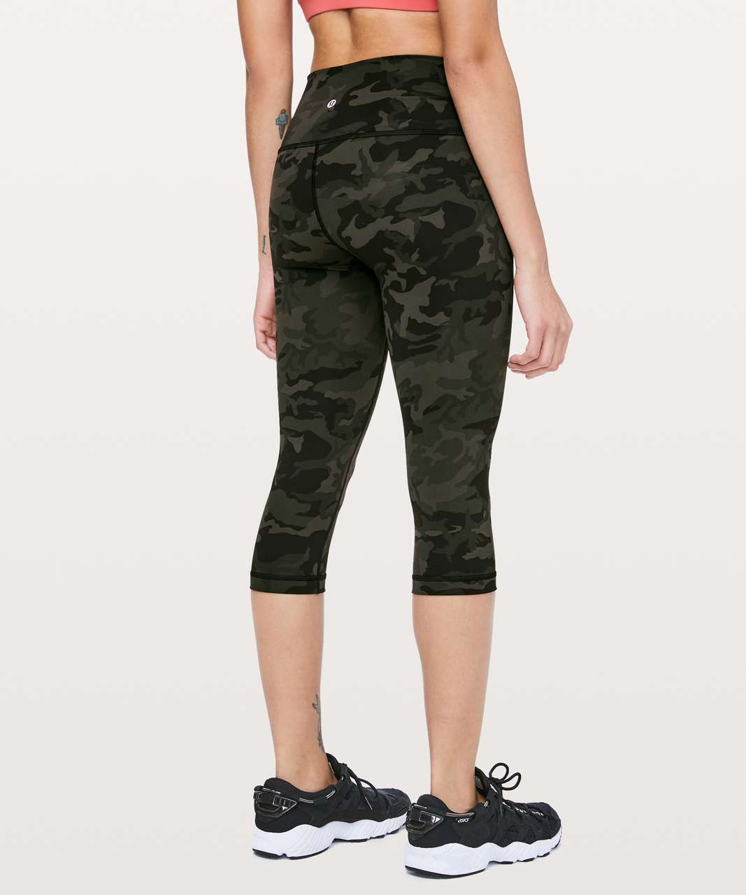 "Lululemon Wunder Under High-Rise 1/2 Tight Full-On Luxtreme 17"" - Incognito Camo Multi Gator Green"