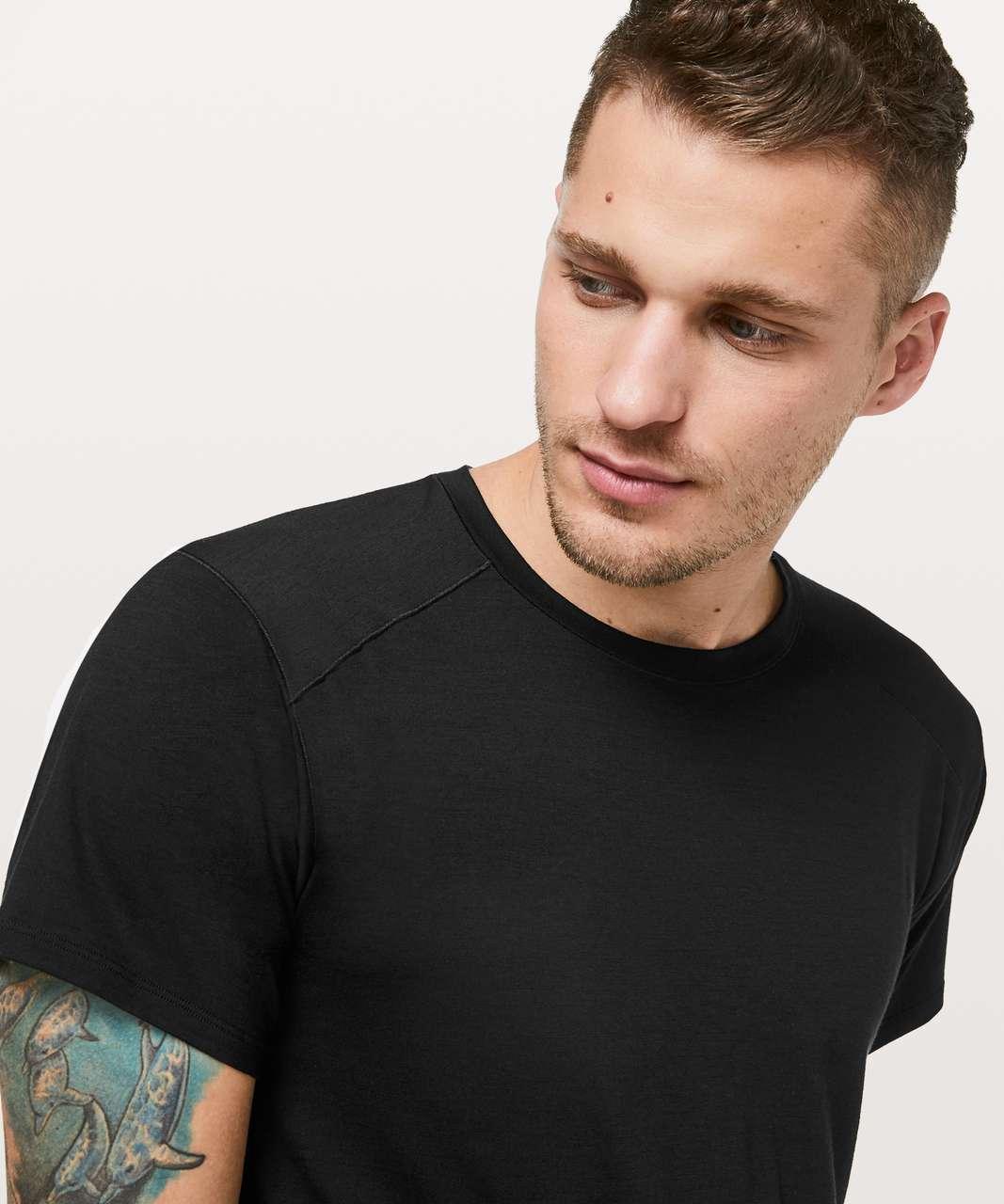 Lululemon Diffract Short Sleeve *lululemon Lab - Black