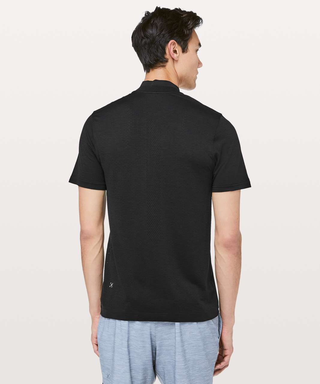 Lululemon Metal Vent Tech Surge Short Sleeve 1/2 Zip - Black / Black