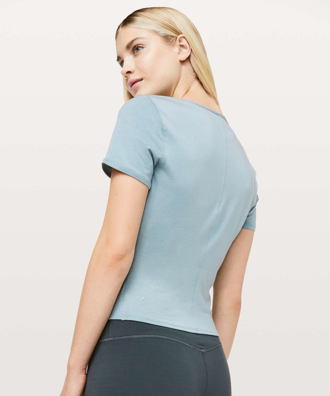 Lululemon Round Trip Short Sleeve - Blue Cast