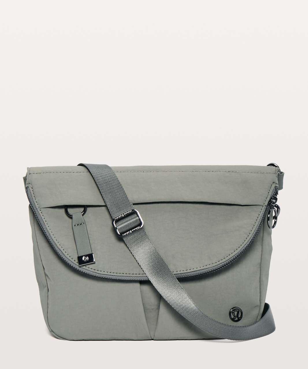 Lululemon All Night Festival Bag *5L - Grey Sage