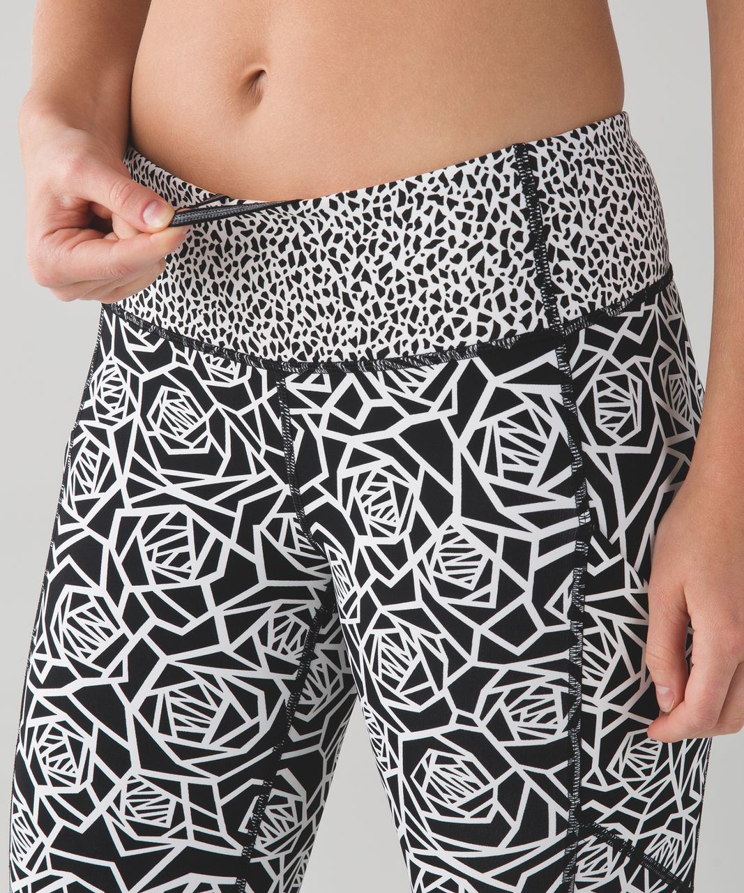 Lululemon Speed Tight IV - Posey White Black / White / Miss Mosaic White