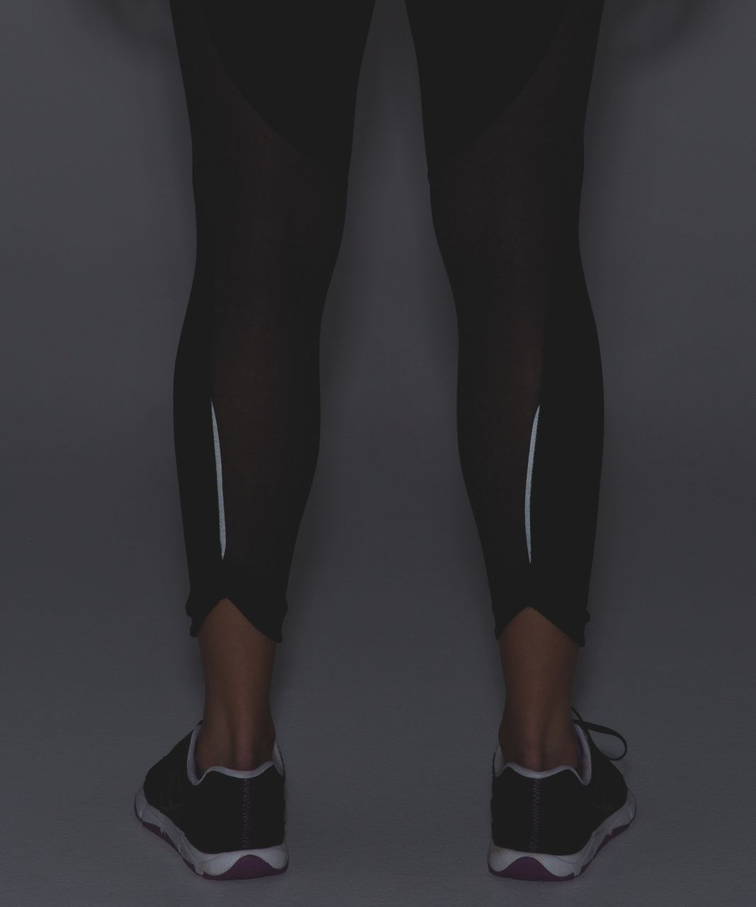 Lululemon Run With The Sun Tight - Black / Pretty Lace Deep Coal Black
