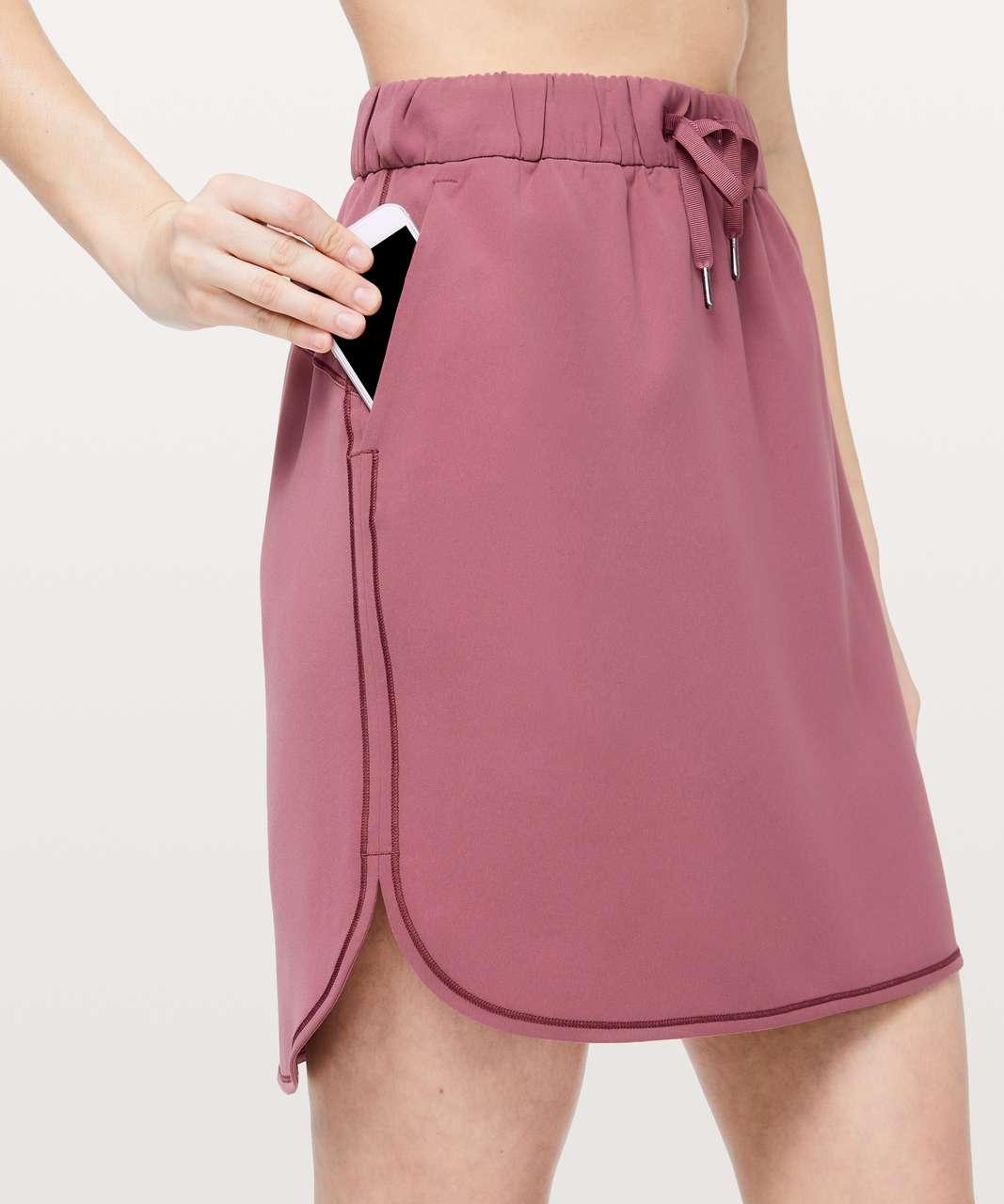 Lululemon On The Fly Skirt *Woven - Misty Merlot