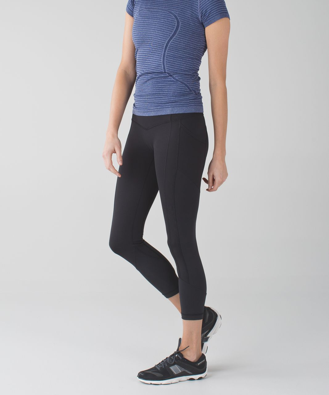 Lululemon All The Right Places Crop II - Black