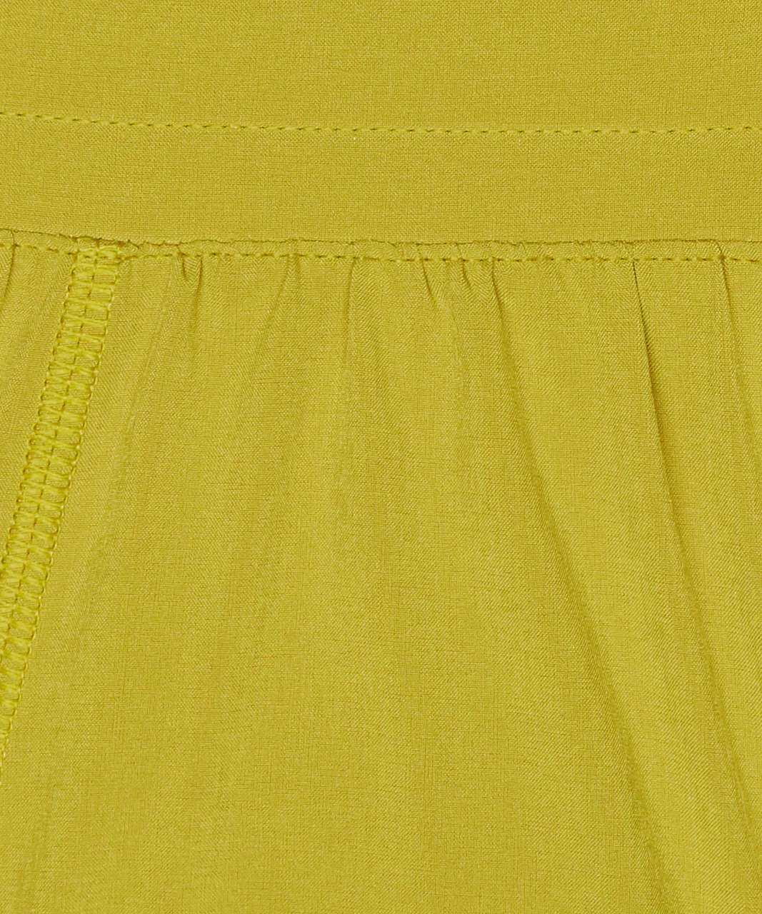"Lululemon Hotty Hot Short II *2.5"" - Golden Lime"