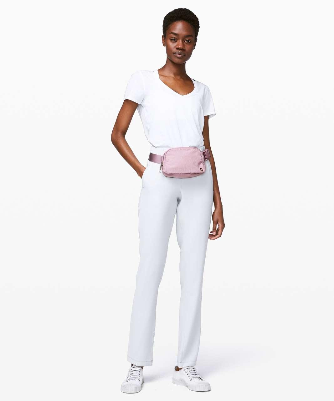 Lululemon Everywhere Belt Bag *1L - Antoinette