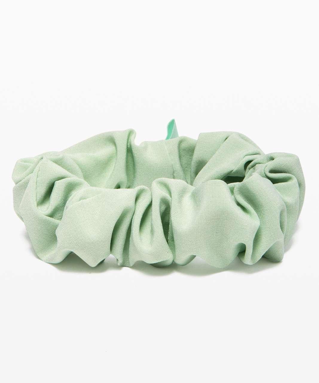 Lululemon Uplifting Scrunchie - Mystic Mint