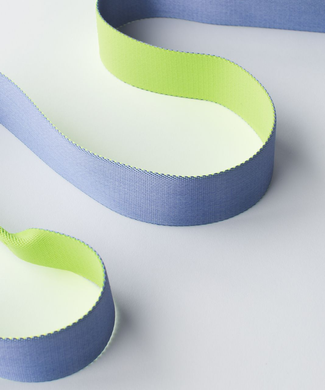 Lululemon Loop It Up Mat Strap - Ray / Lullaby