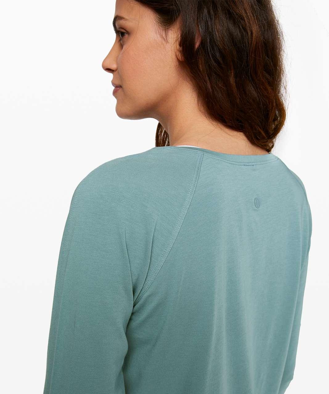 Lululemon Emerald Long Sleeve - Aquatic Green