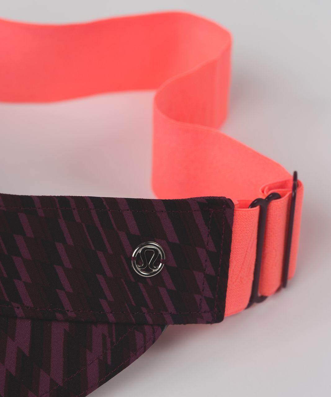 Lululemon Fast Paced Run Visor - Shifted Horizon Red Grape Black / Red Grape