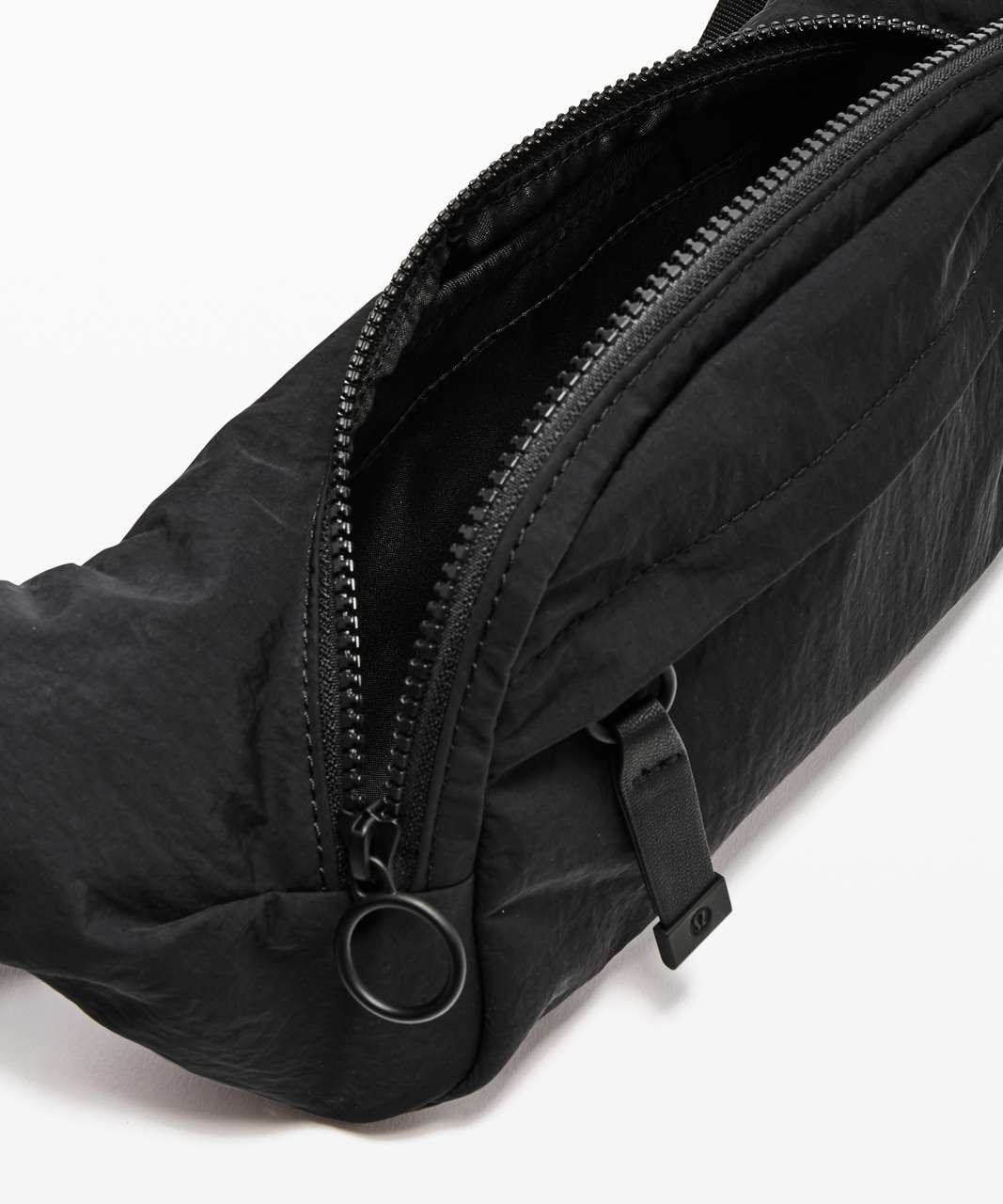 47064bd8bc Lululemon On The Beat Belt Bag *4.5L - Black - lulu fanatics
