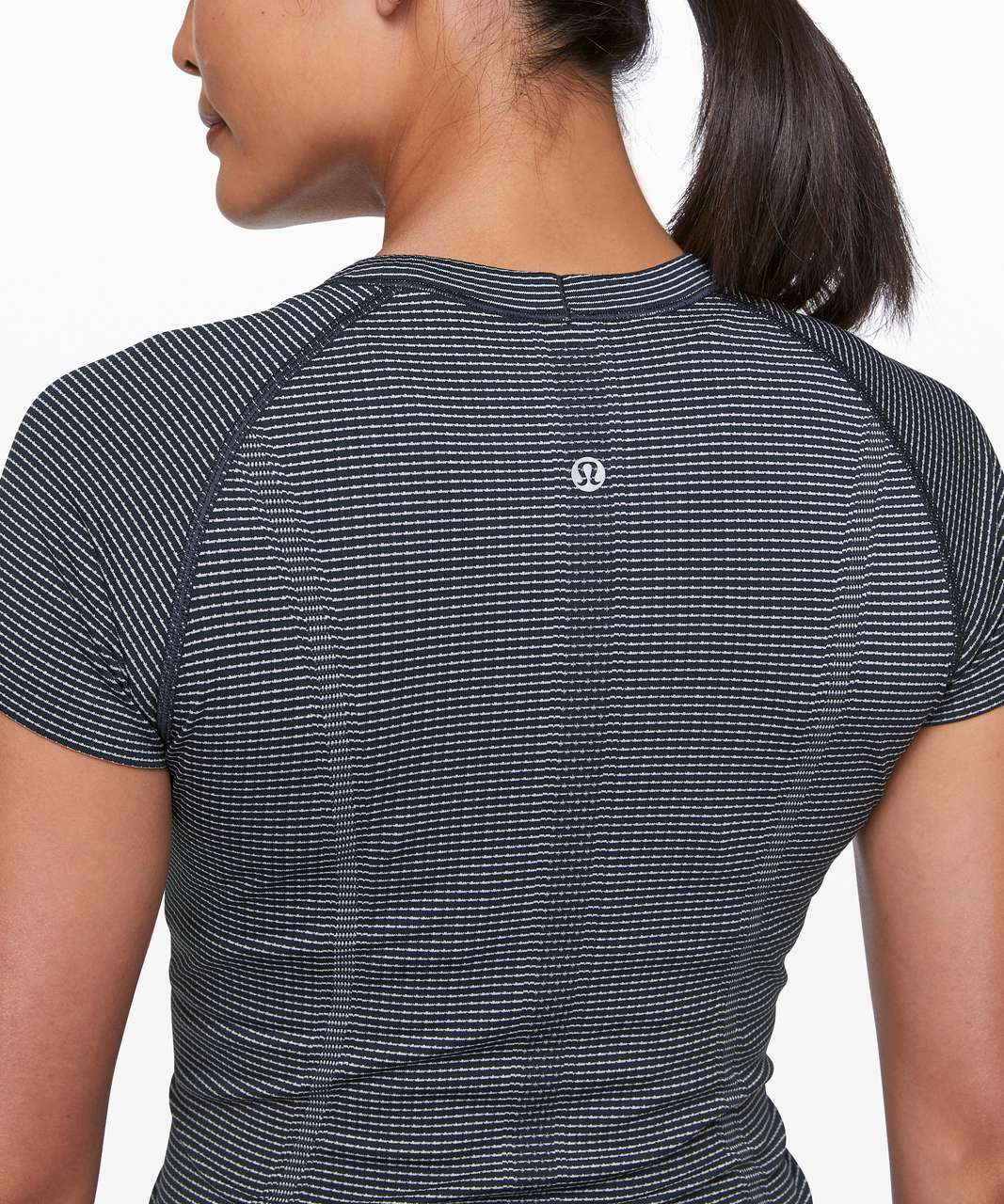 Lululemon Swiftly Tech Short Sleeve Crew - True Navy / White