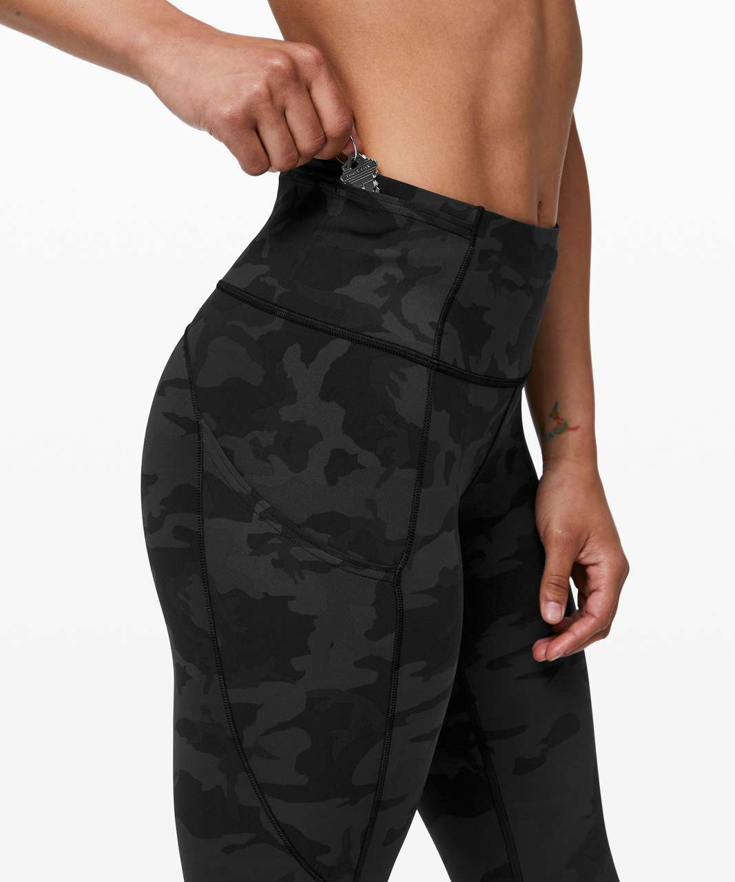 """Lululemon Fast and Free Crop II 19"""" *Nulux - Incognito Camo Multi Grey"""