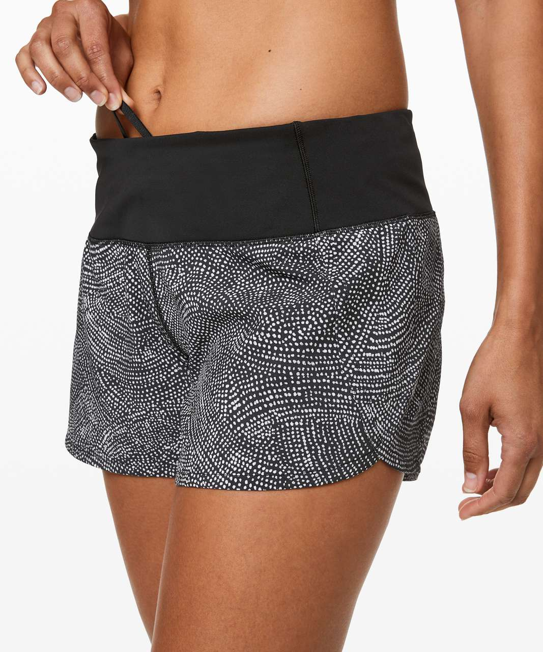"Lululemon Run Times Short II *4"" - Free Spirit Alpine White Black / Black"
