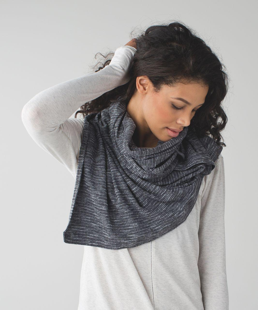 lululemon vinyasa scarf coco pique black white lulu