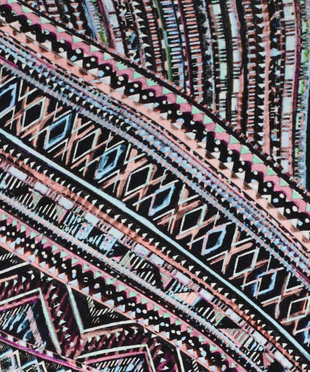 Lululemon Energy Bra - Tribal Pace Energy Bra White Black