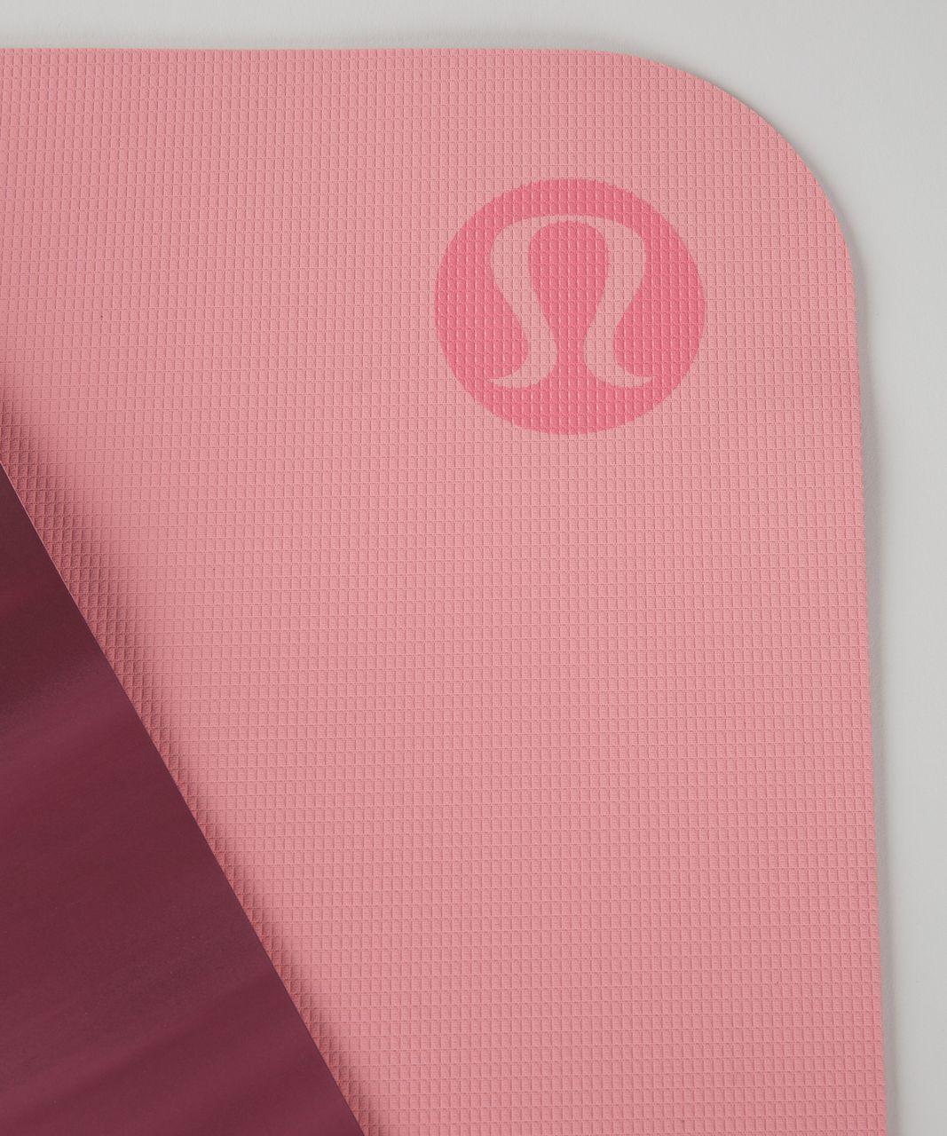 Lululemon The Reversible Mat 3mm - Rosewood / White / Yum Yum Pink
