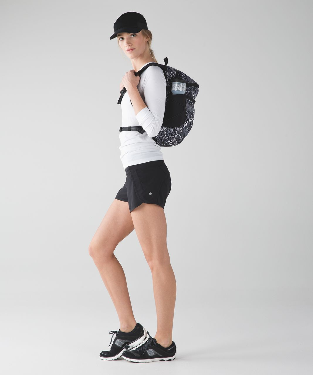 Lululemon Run All Day Backpack - Pretty Lace White Black / Black