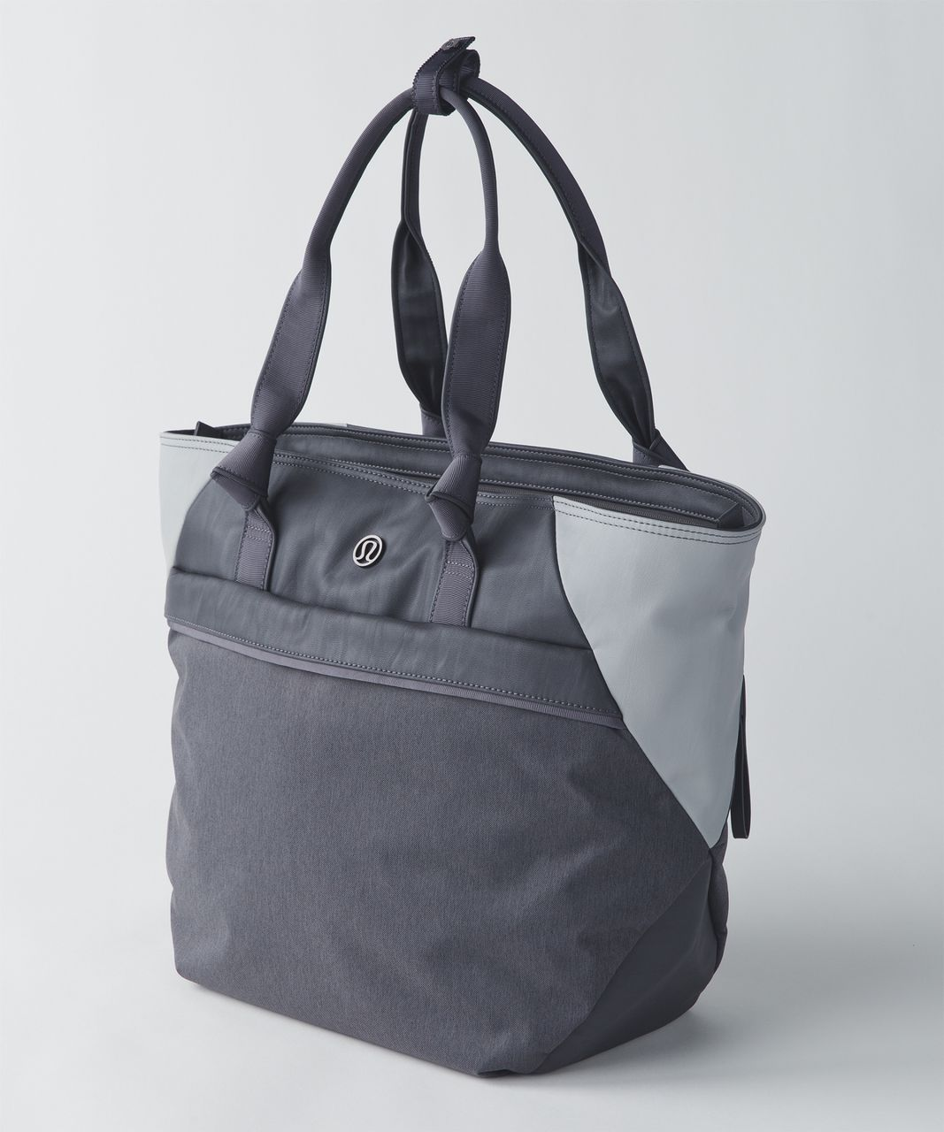 7485a8022b Lululemon Everything Bag - Soot Light / Seal Grey - lulu fanatics