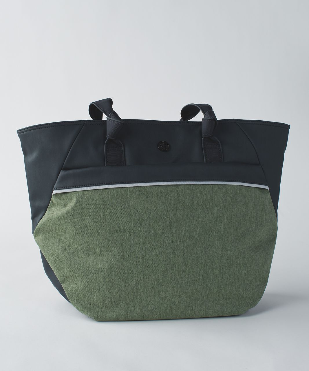 9df34819e2 Lululemon Everything Bag - Deep Coal / Desert Olive - lulu fanatics