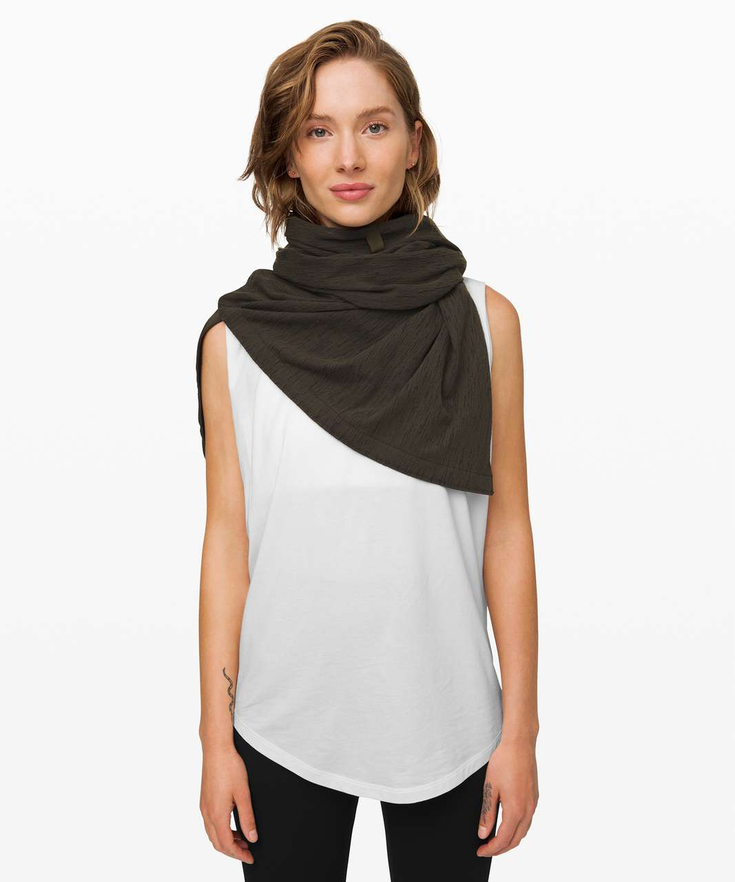 Lululemon Vinyasa Scarf *Rulu - Aqueous Ikat Jacquard Dark Olive Black