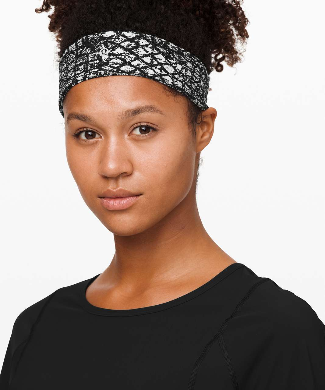 Lululemon Fly Away Tamer Headband II *Luxtreme - Tectonic Jacquard White Black