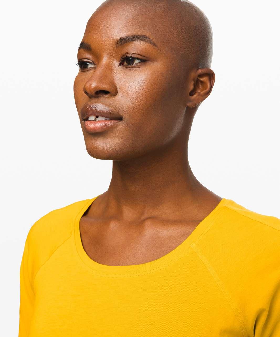 Lululemon Emerald Long Sleeve - Honeycomb