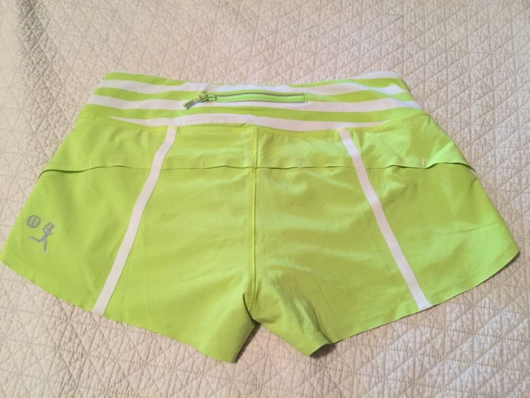 Lululemon Speed Short - 2012 Weawheeze - Lime Green
