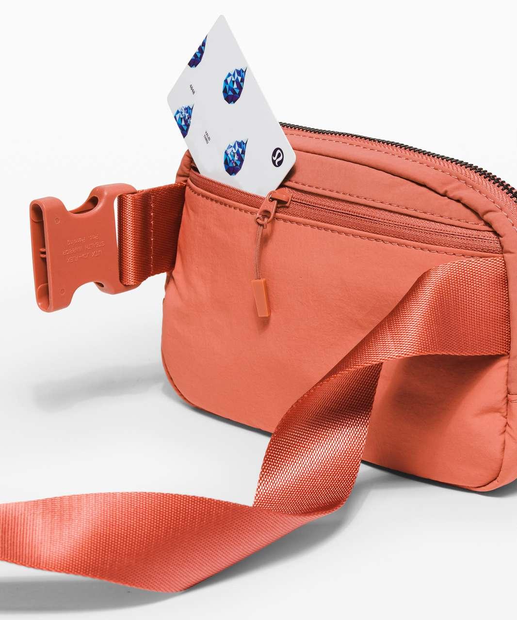 Lululemon Everywhere Belt Bag *1L - Copper Clay
