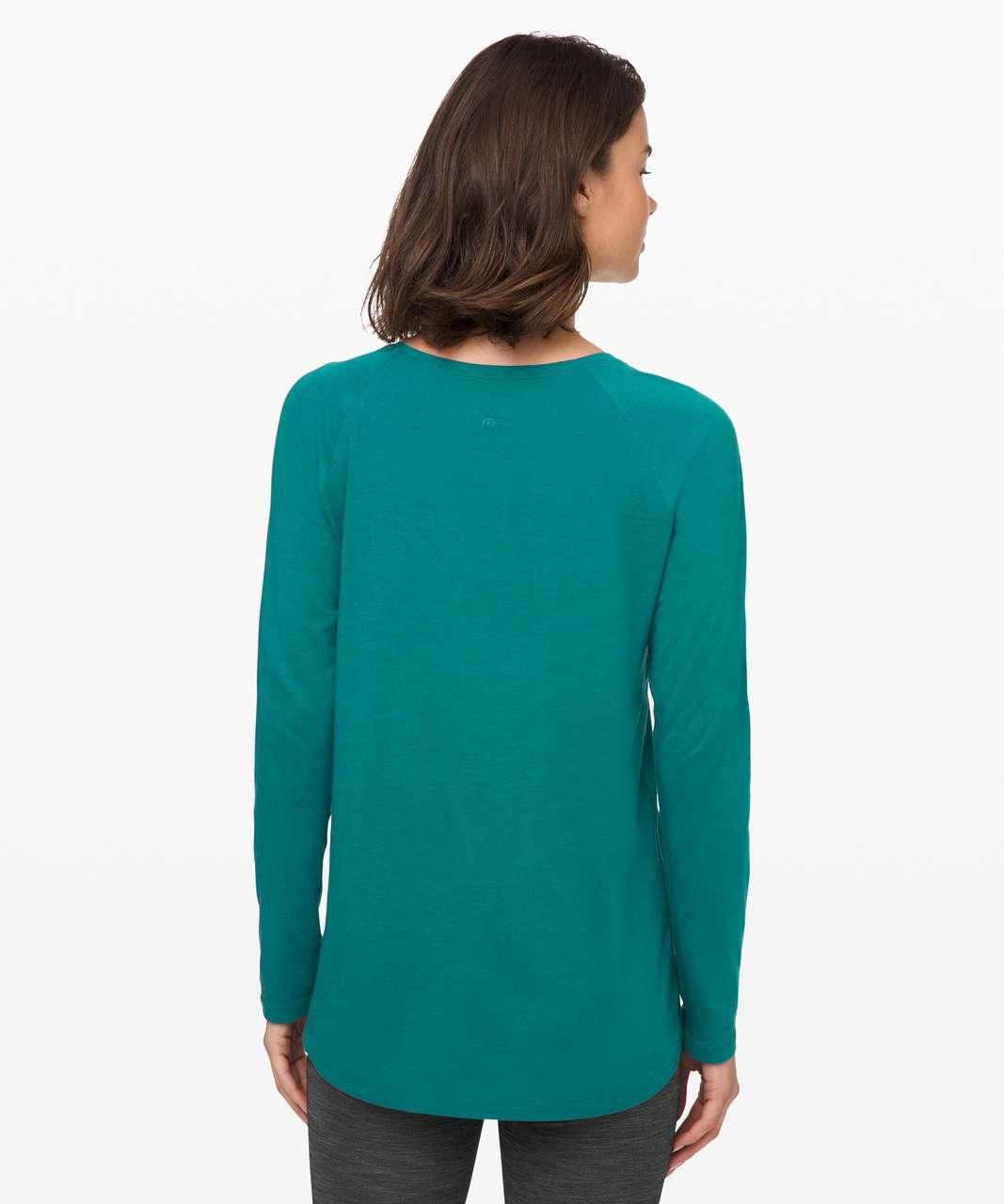 Lululemon Emerald Long Sleeve - Laguna