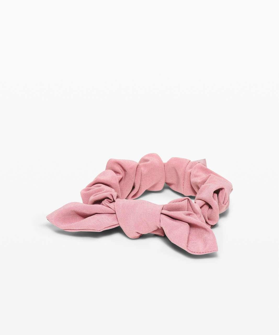 Lululemon Uplifting Scrunchie *Bow - Pink Taupe