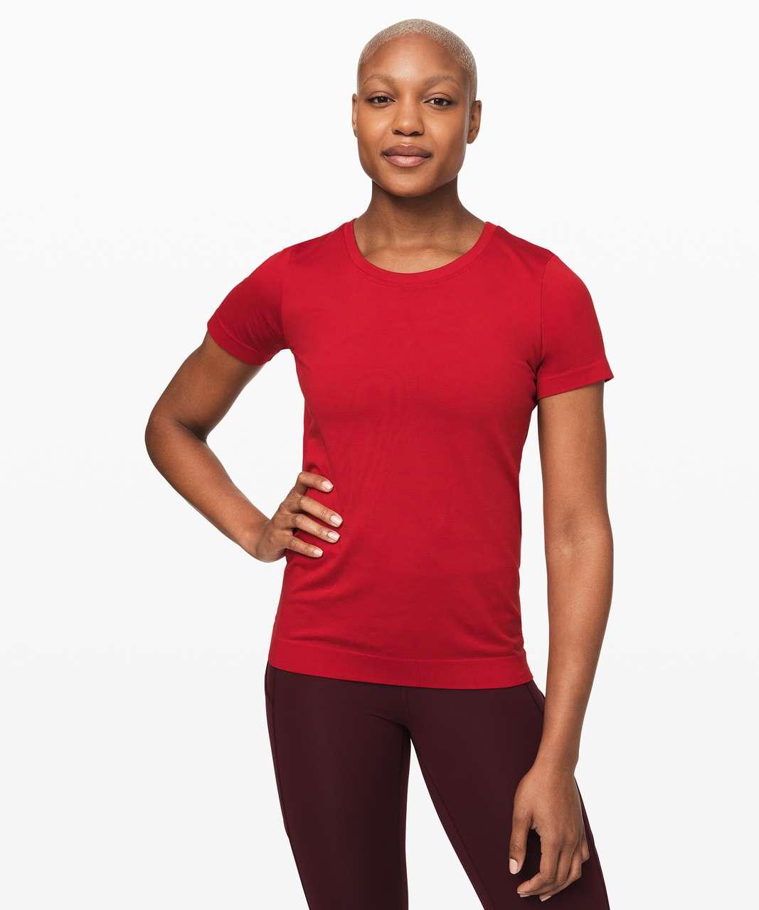 Lululemon Swiftly Relaxed Short Sleeve - Dark Red / Dark Red