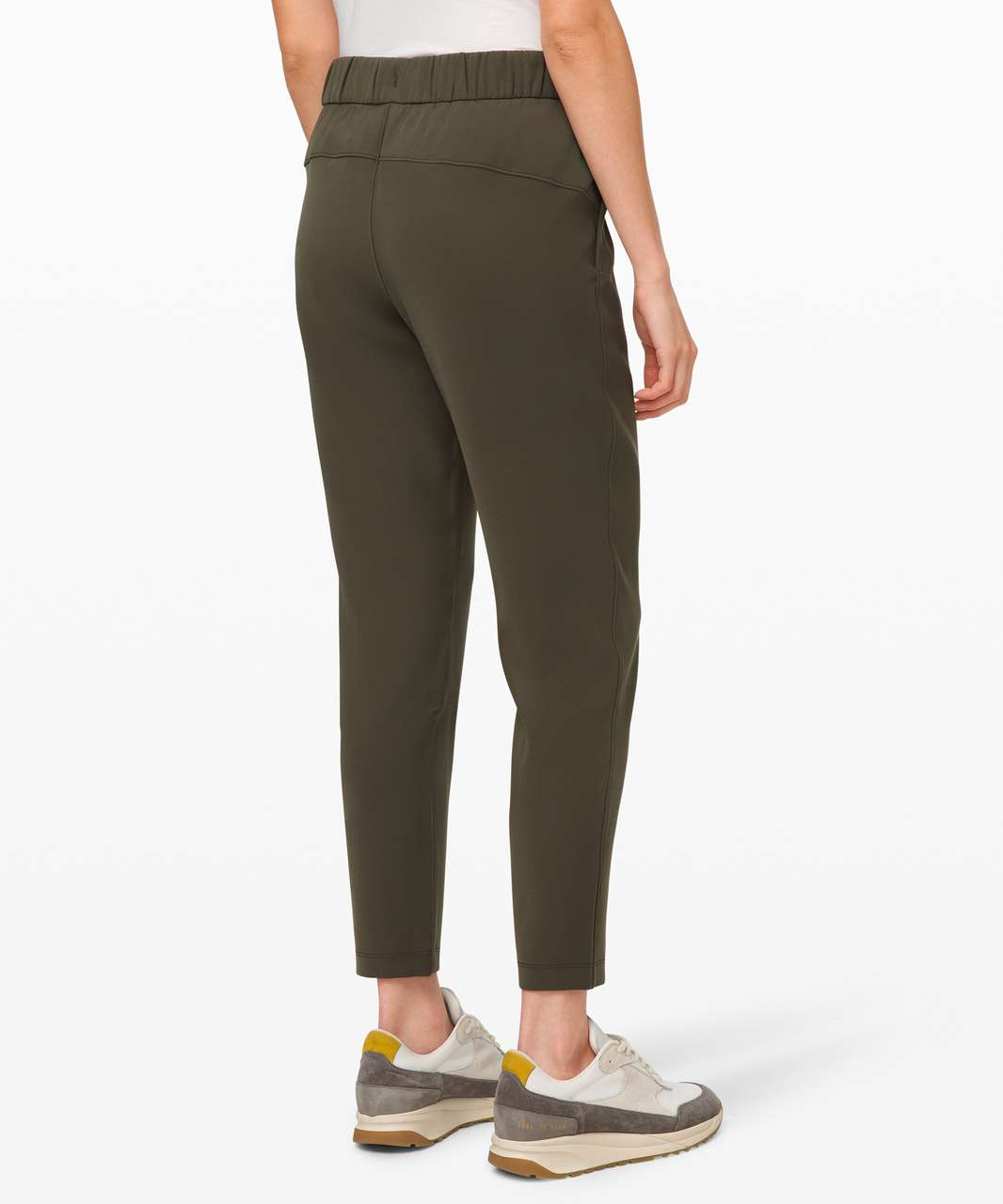 Lululemon On the Fly 7/8 Pant *Woven - Dark Olive