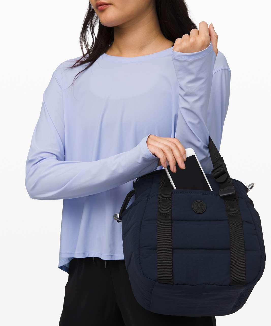 Lululemon Dash All Day Bucket Bag *6.5L - True Navy