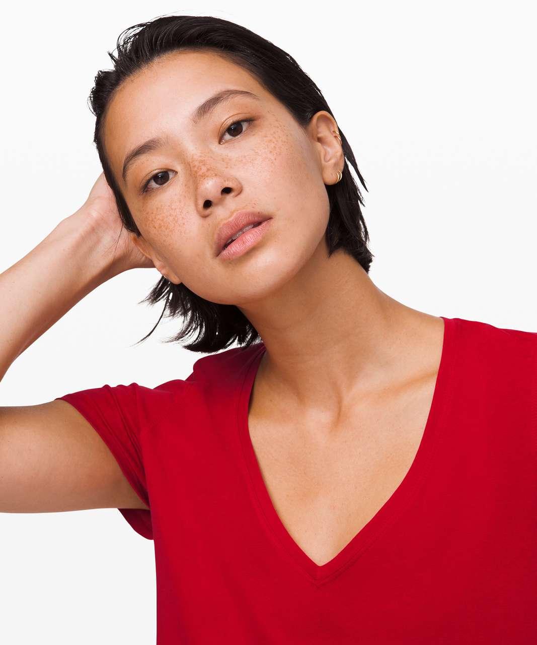 Lululemon Love Tee V - Dark Red