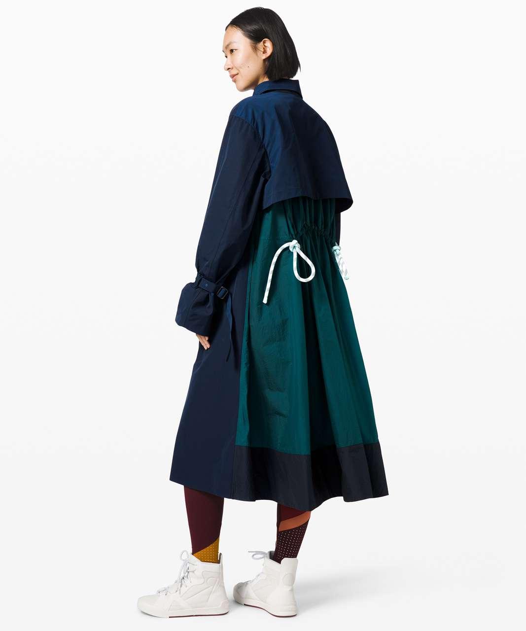 Lululemon Face Forward Trench Coat *lululemon x Roksanda - True Navy / Emerald
