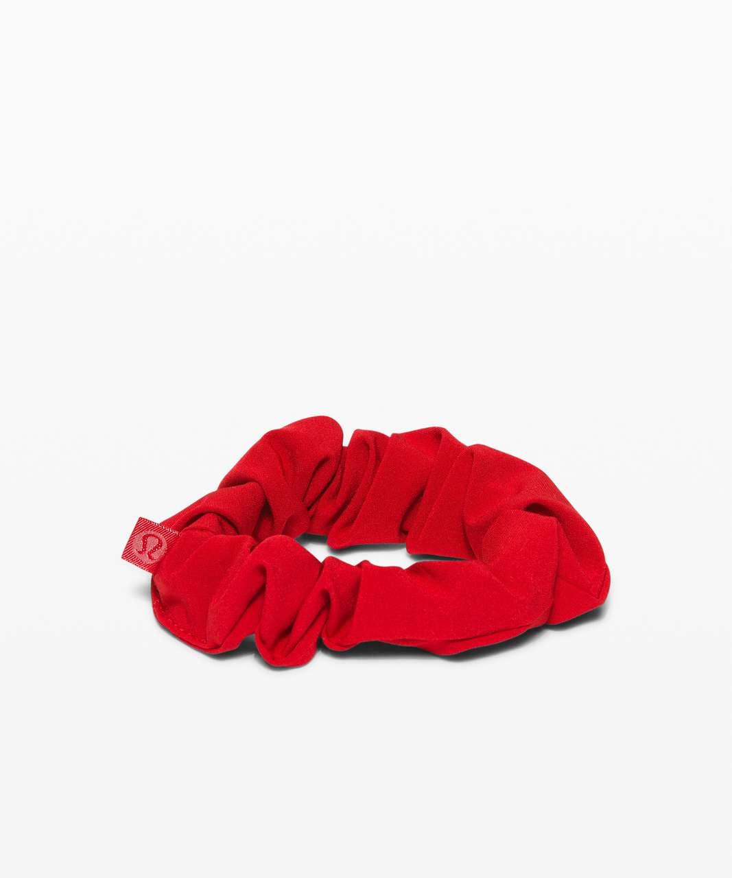 Lululemon Uplifting Scrunchie - Dark Red (First Release)