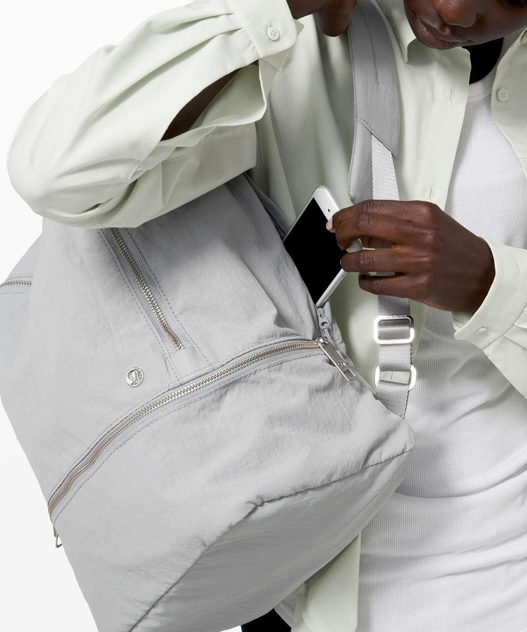 Lululemon City Adventurer Backpack *17L - Silver Drop