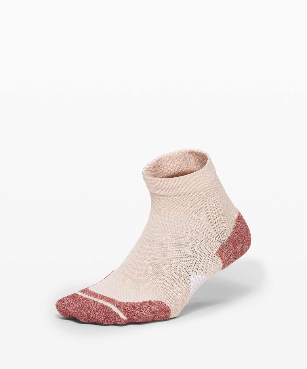 Lululemon Speed Ankle Sock *Silver - Ballet Slipper / Chianti