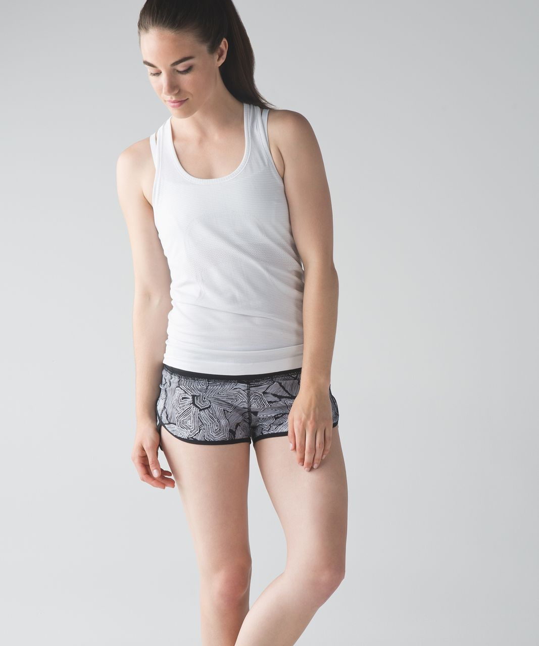 Lululemon Speed Short - Dottie Tribe White Black / Black