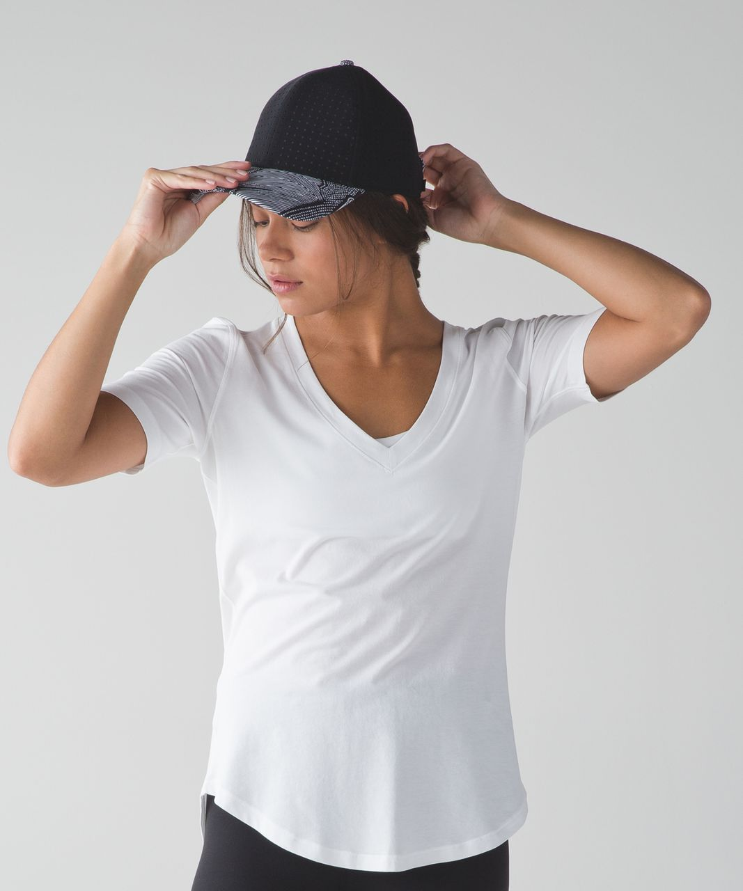 Lululemon Baller Hat (Perforated) - Black / Dottie Tribe White Black