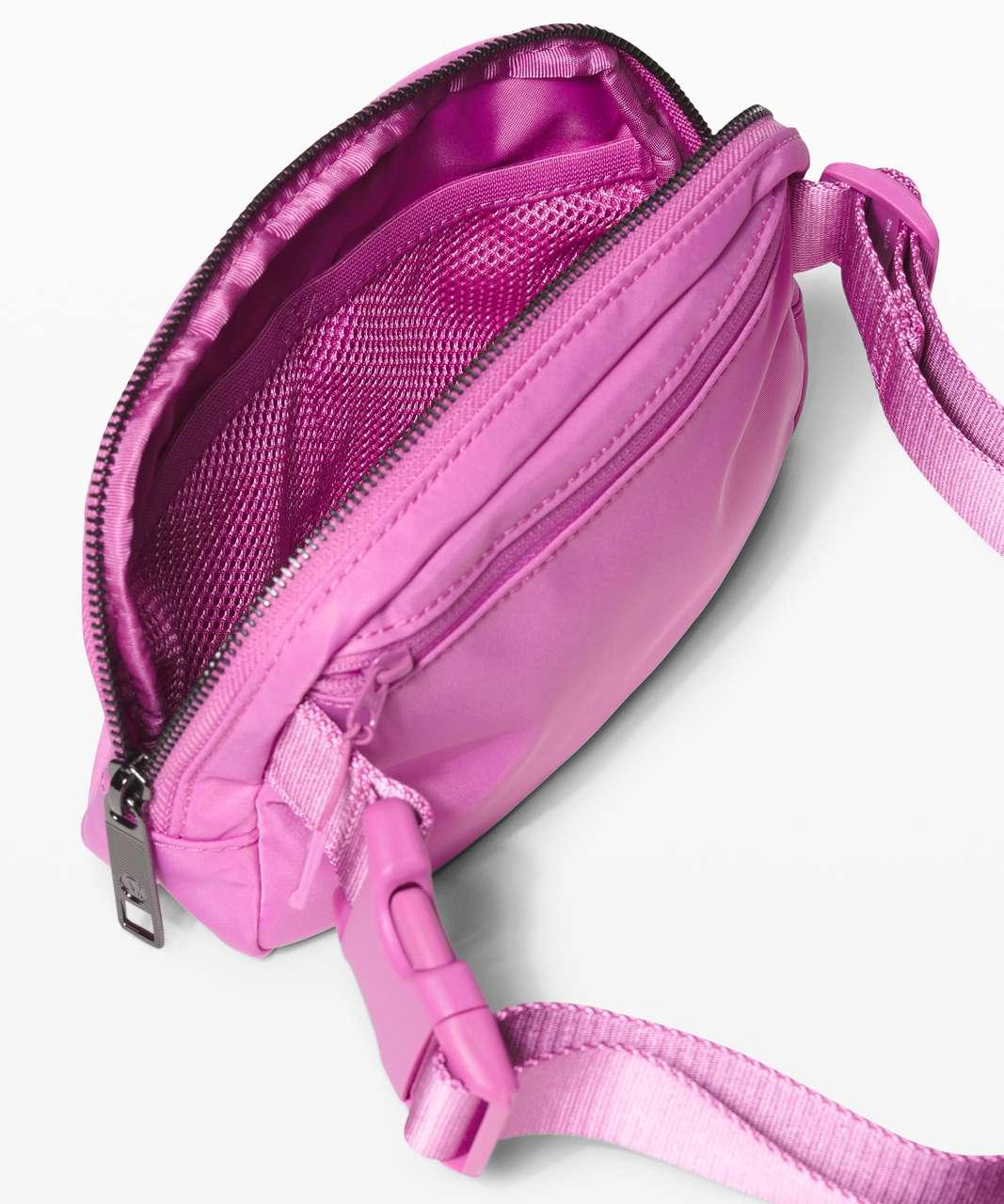 Lululemon Everywhere Belt Bag *1L - Magenta Glow