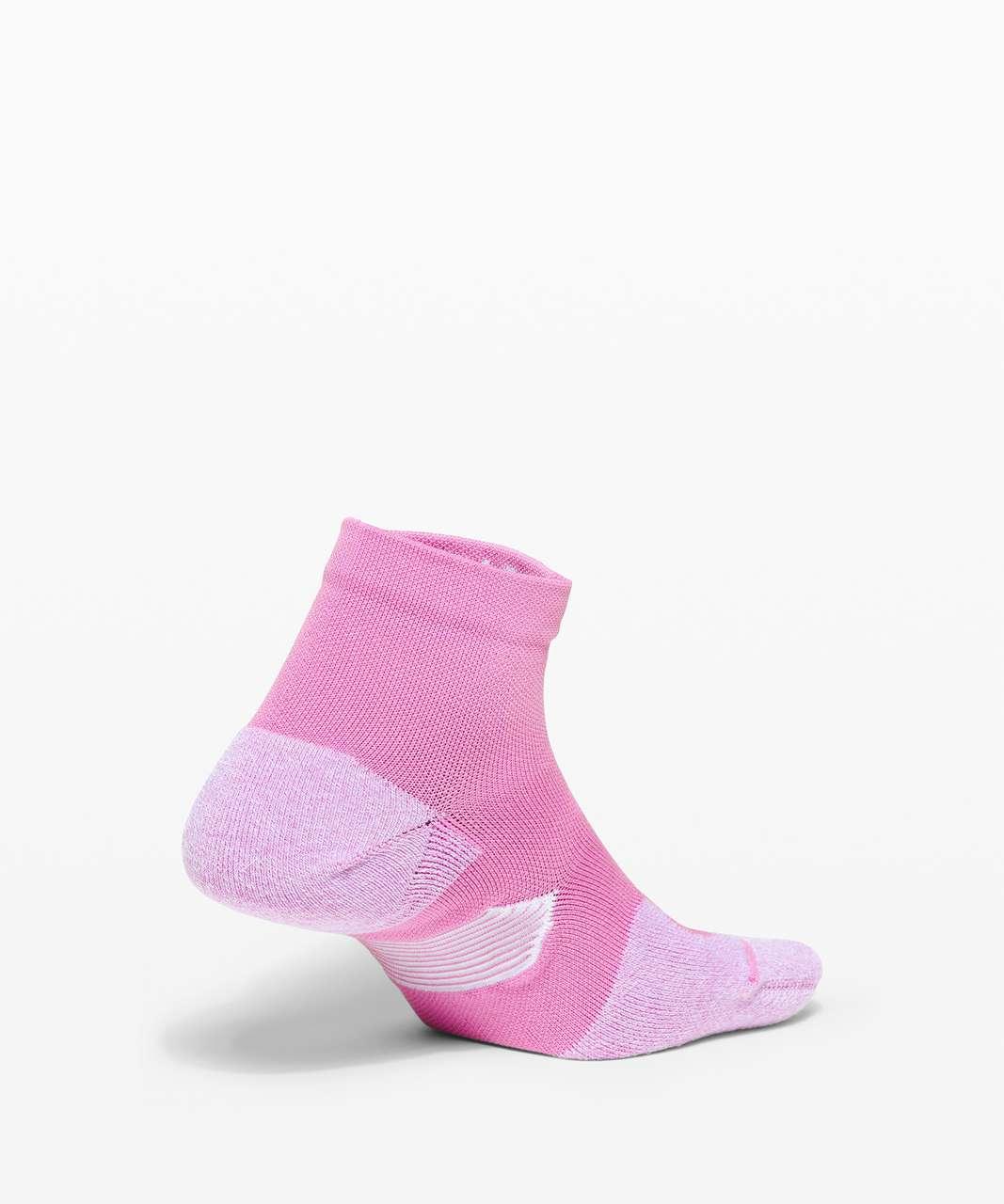 Lululemon Speed Ankle Sock *Silver - Magenta Glow / White