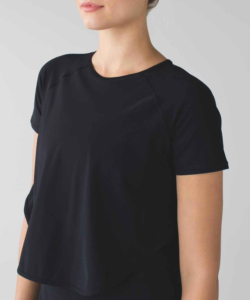 Lululemon Cover Me Tee - Black
