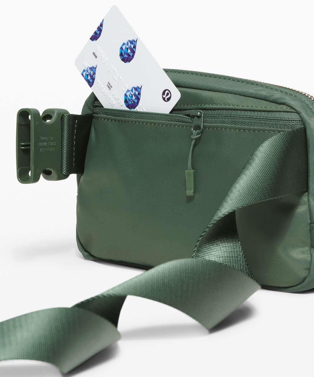 Lululemon Everywhere Belt Bag *1L - Algae Green
