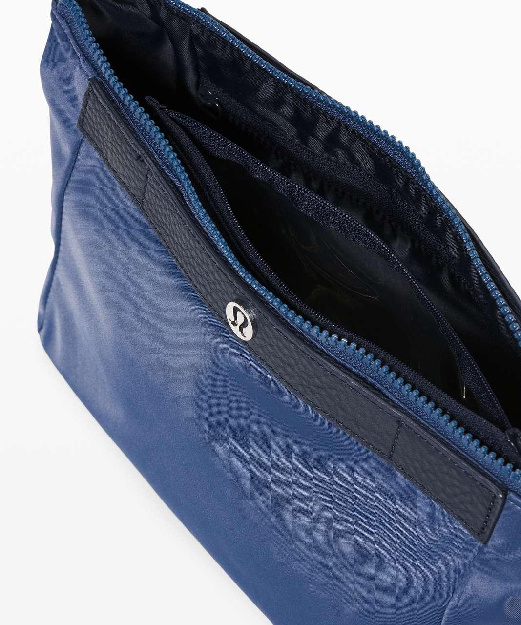 Lululemon Travel Easy Kit *4.5L - Ink Blue