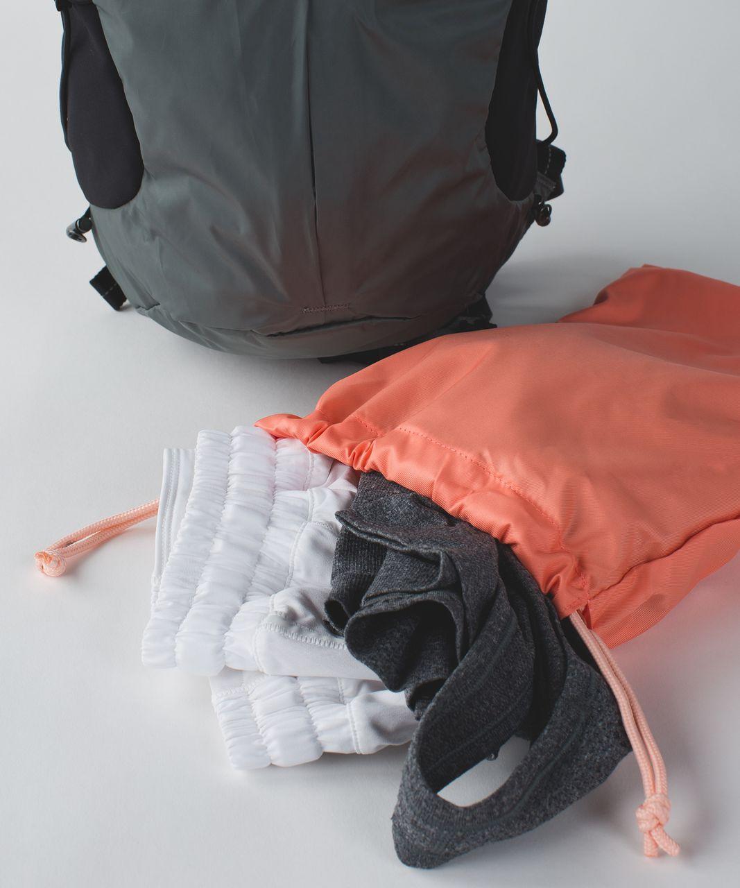 Lululemon Run All Day Backpack - Slate / Black