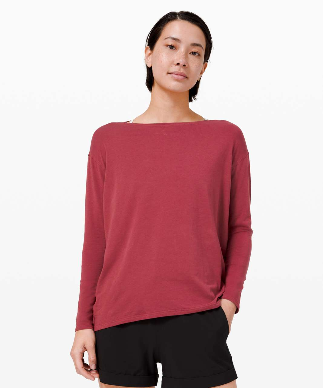 Lululemon Back In Action Long Sleeve - Chianti